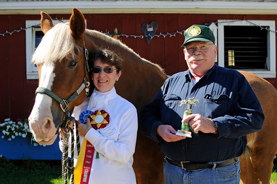 Mary and Louie, Reserve Champion and Special Sportsmanship Award recipient, and Fred :) (_DJM8757ce)