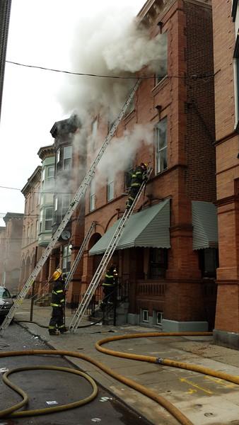 9-21-2013(PHILADELPHIA PA) 1925 32nd St.-Dwelling