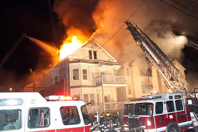 Paterson E-4, L-2, L-3 and L-1 operate as heavy fire vents through the roof of exposure B.