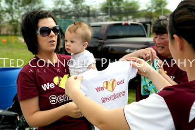 HHS-Softball-SeniorNight-5-13-2013-4328