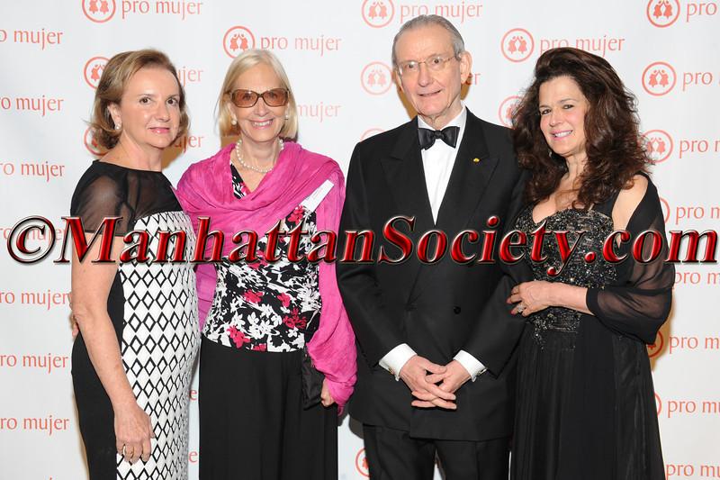 Rosario Pérez, Lynne Patterson Honoree William R Rhodes, Louise Tilzer Rhodes