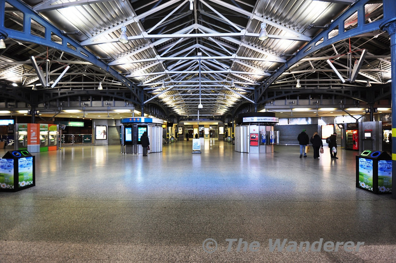The main Heuston Concourse at night. Tues 09.04.13