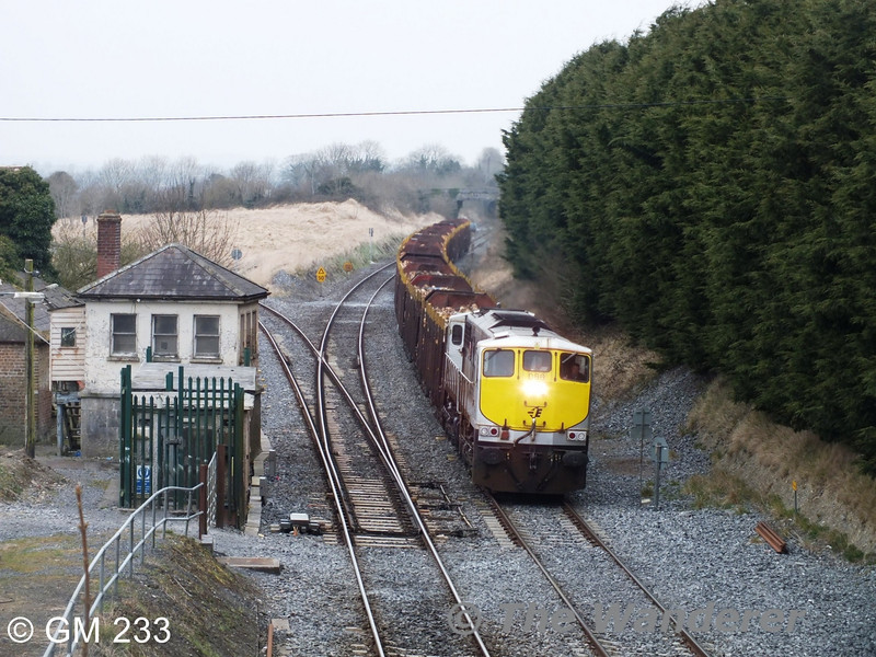 086 passes Cherryville Jct. with the 1105 Westport - Waterford Timber. Wed 10.04.13. With thanks to GM 233.
