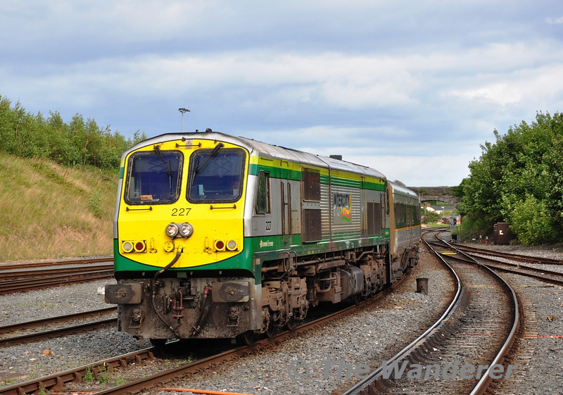 227 arrives at Drogheda with the 1600 Dublin Connolly - Belfast Central Enterprise service. Sun 11.08.13