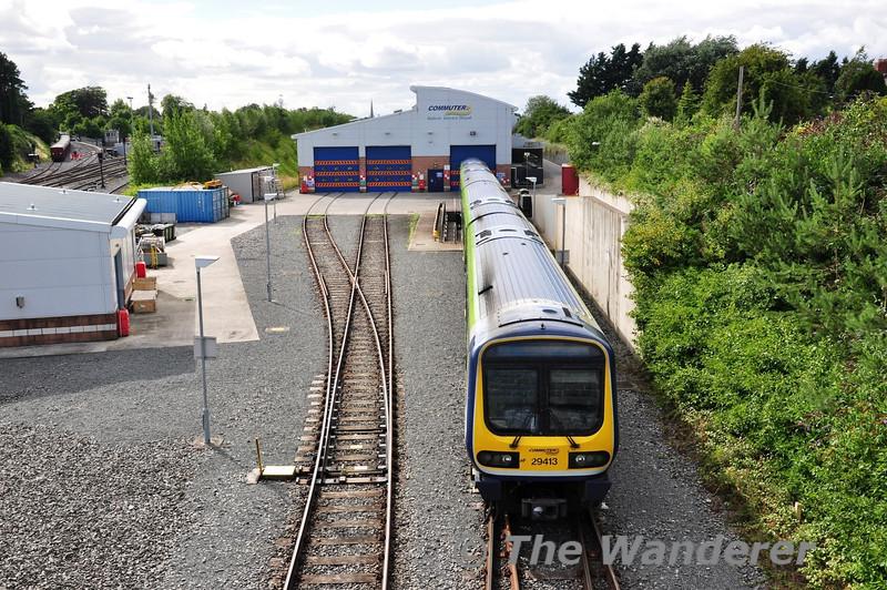 29013 stands on the underframe wash road at Drogheda Depot. Sun 11.08.13
