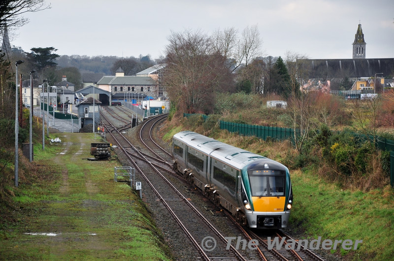22011 arrives at Killarney Check with the 1115 Tralee - Mallow. 22211 lost its front hatch cover after striking a deer near the Three Arch Bridge outside Killarney on Thursday evening. Sat 12.01.13