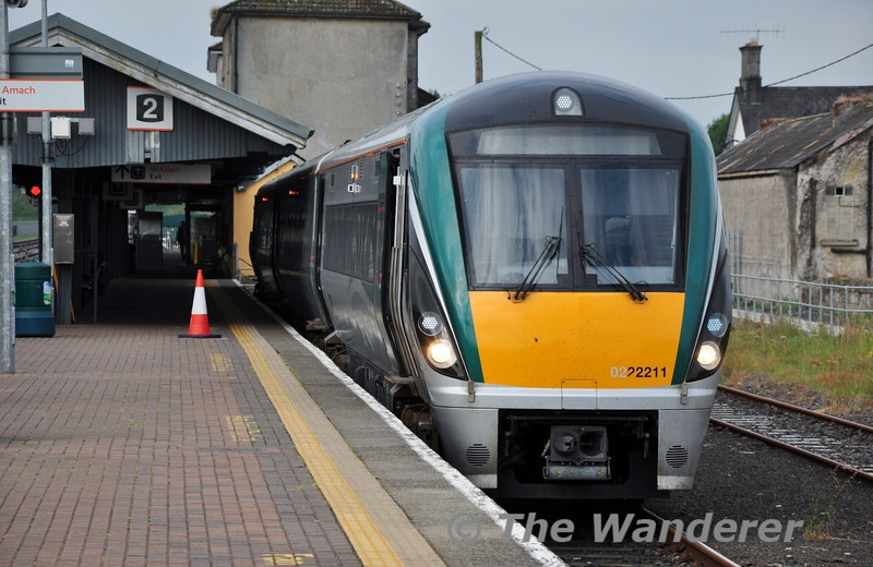 22011 stands at imerick Jct. prior to departure of the 0847 to Limerick. Wed 17.07.13
