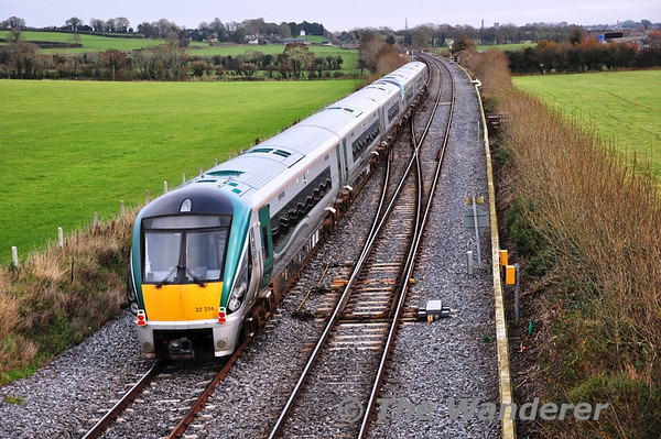 22014 is pictured at Cherryville Jct. being hauled dead in train by 22051 from Laois Depot to Inchicore Works for wheelset attention. Tues 26.11.13
