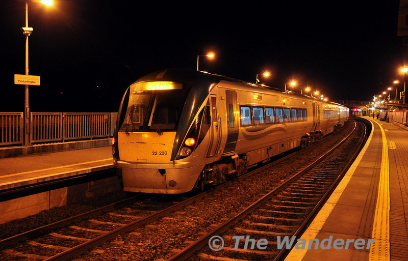22063 + 22030 stand at Portarlington with the 1810 Heuston - Portlaoise. Mon 11.11.13