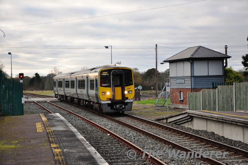 Due to the amended timetable on the Mallow - Tralee route today it took three trains to operate it, instead of the normal two trains. The 2600 Class which is normally spare at Tralee on Saturday was pressed into service. 2603 + 2604 are pictured arriving at Banteer with the 1425 Tralee - Mallow service. Sat 23.11.13