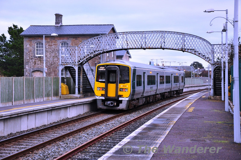 2604 + 2603 at Banteer with the 1425 Tralee - Mallow. Sat 23.11.13