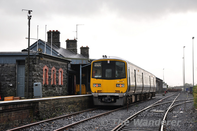 2811 + 2812 at Ballina with the 1455 to Manulla Jct. which will take connections into and out of the 1245 Heuston - Westport. Sat 03.11.13