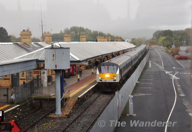 The 1000 Belfast Central - Dublin Connolly arrives at Dundalk with DBFO 9003 leading. Sun 20.10.13