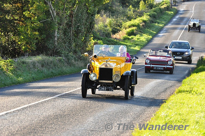 Vintage Cars on the R422 at Carn, Co. Laois. Sun 22.09.13