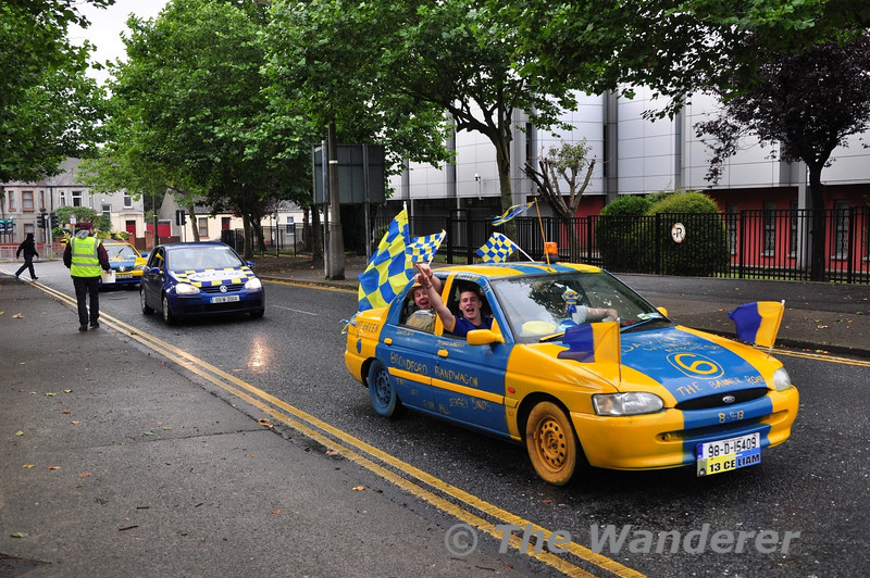 Standing on the Memorial Road Bridge also provided a steady stream of cars from Cork and Clare. If there was an award for best dressed vehicle then these guys from Broadford, Co. Clare would win the award hands down. Fair play and I hope its worth the effort! Sun 08.09.13