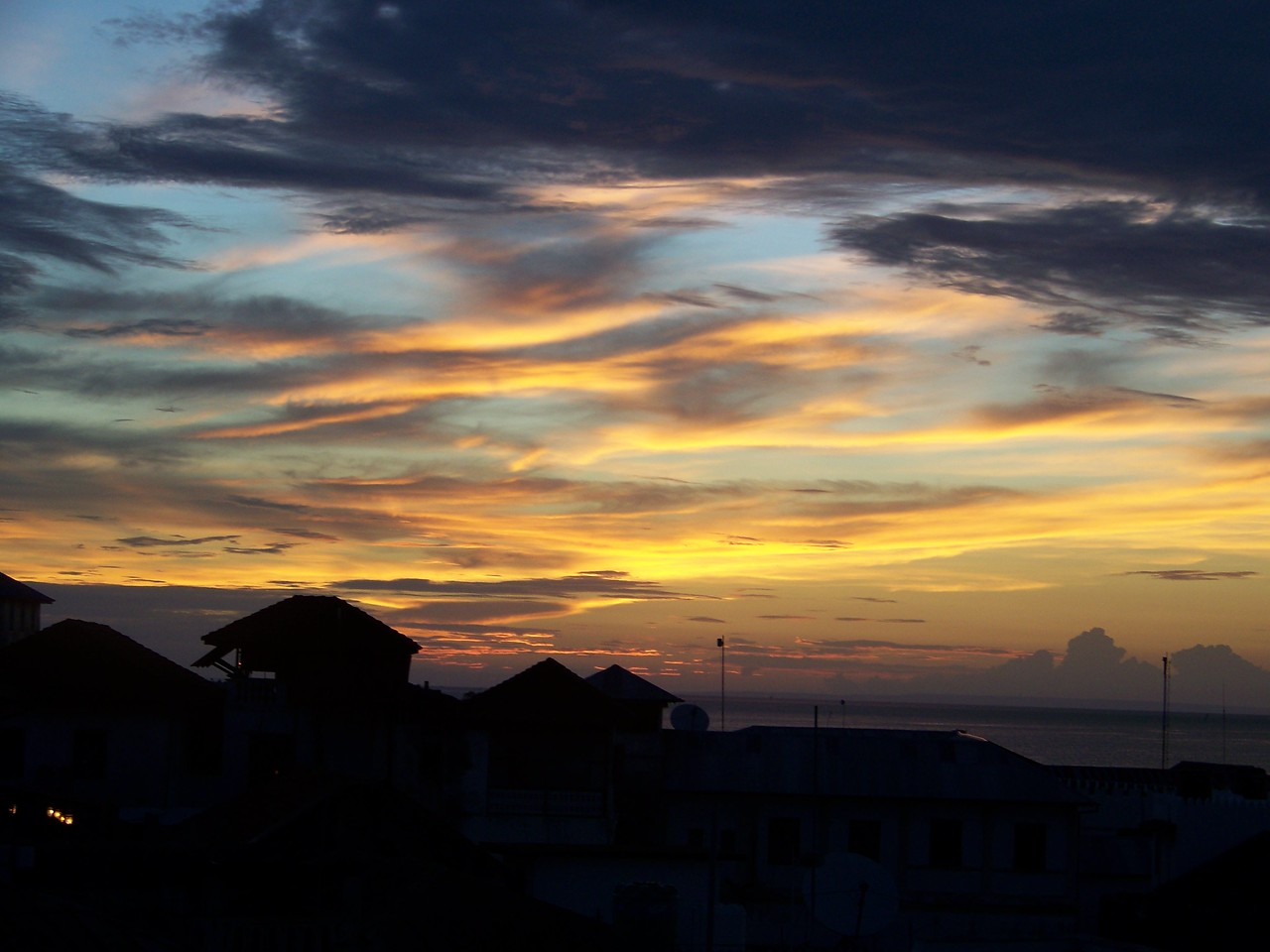 0997 - Sunset from Rooftop Bar at the Maru Maru Hotel - Zanzibar - Tanzania.JPG