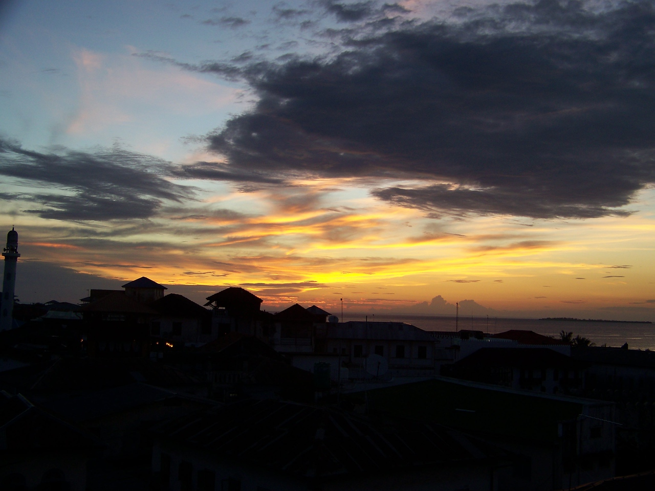 0996 - Sunset from Rooftop Bar at the Maru Maru Hotel - Zanzibar - Tanzania.JPG
