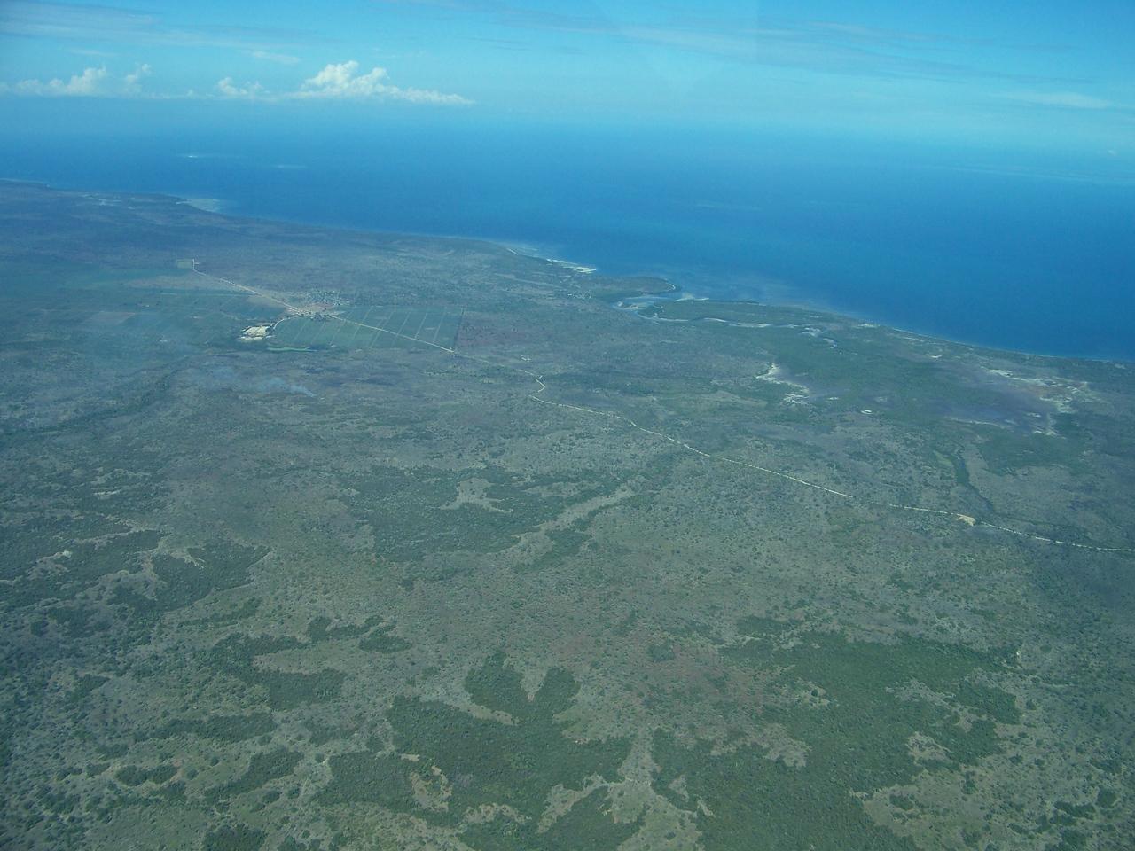 0965 - View of Approaching Coastline of Tanzania from ZanAir Flight from Arusha to Zanzibar - Arusha - Tanzania.JPG