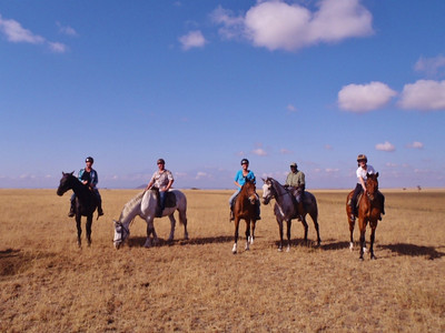 Not a bad way to start a MONDAY.... a horse ride on the plains.