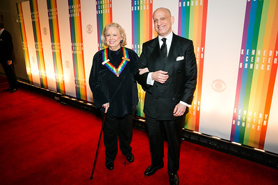 Barbara Cook, Adam Le Grant. Photo by Alfredo Flores. 2013 Kennedy Center Honors. Kennedy Center. December 8, 2013.