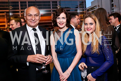 Michael Kahn, Elizabeth McGovern and Grace Curtis. Photo by Tony Powell. 2013 Shakespeare Theatre Company Annual Gala. Harman Center and Building Museum. October 6, 2013