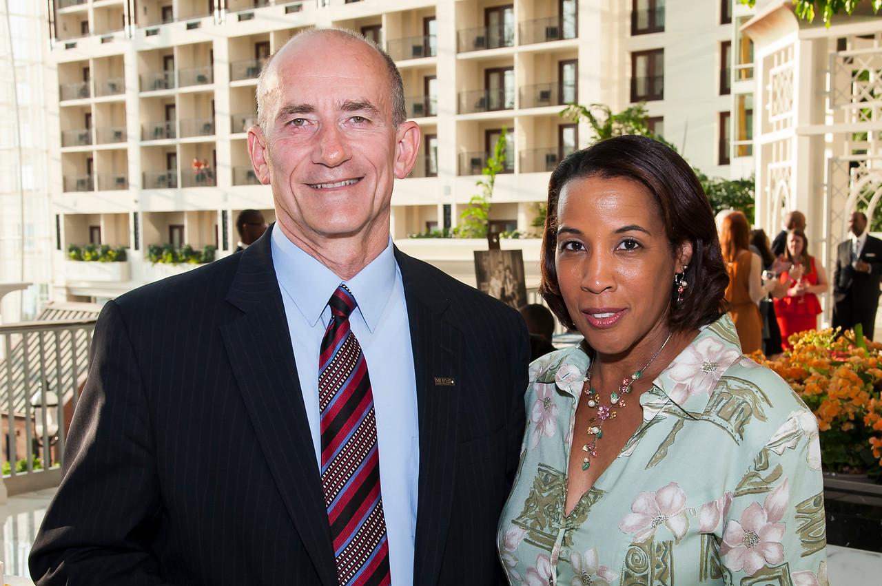 Mike Turner, Phyllis Arnold