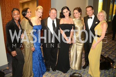 Gail Holeman, Carla Babb, John Arundel, Katy Perry, Frances Holuba, Vincent De Paul, Carole Vargas, The Official Presidential Inaugural Ball. Walter E. Convention Center. Photo by Ben Droz.