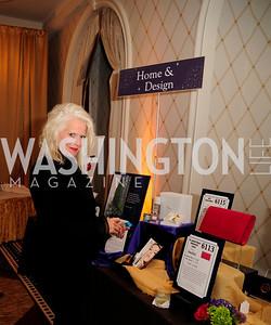 Sue Harreld,,September 21,2013,Sixth Annual Joan Hisaoka Make  a Difference Gala,Kyle Samperton