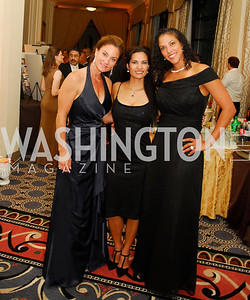 Sonya Spriggs,Carolina Munoz,Pilar Lorca,September 21,2013,Sixth Annual Joan Hisaoka Make  a Difference Gala,Kyle Samperton