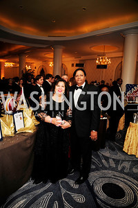 Shaista  Mahmood,Ray Mahmood,September 21,2013,Sixth Annual Joan Hisaoka Make  a Difference Gala,Kyle Samperton
