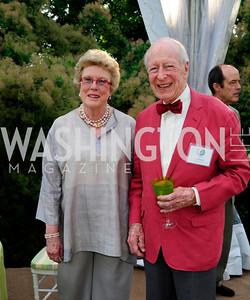 Ellen Charles,Austin Kiplinger,May 22,2013,Tudor Place Spring Garden Party,Kyle Samperton