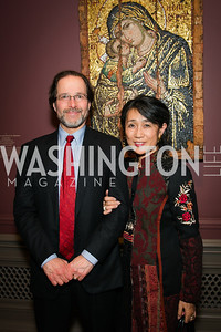 Jeffrey Conrad, Marika Ikehara. Photo by Alfredo Flores. Viewing and Reception in honor of Heaven and Earth  Art of Byzantium from Greek Collections. National Gallery of Art. December 3, 2013.