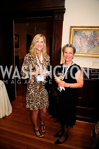 Colleen Reilly,Lynda Everman,May 20,2013,Women Against Alzheimers Reception at the Philiips Collection,Kyle Samperton