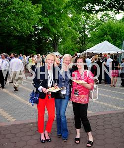 Suzy Connors,Sarah Smith,Lynn Witt,May 16,2013 .Zoofari,Kyle Samperton