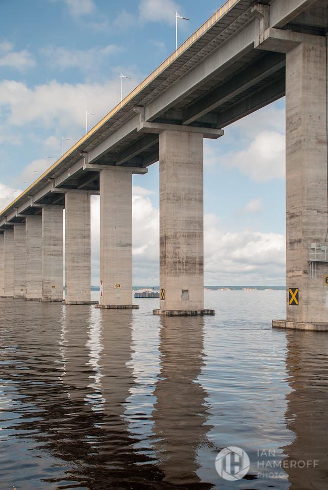 Rio Negro Bridge