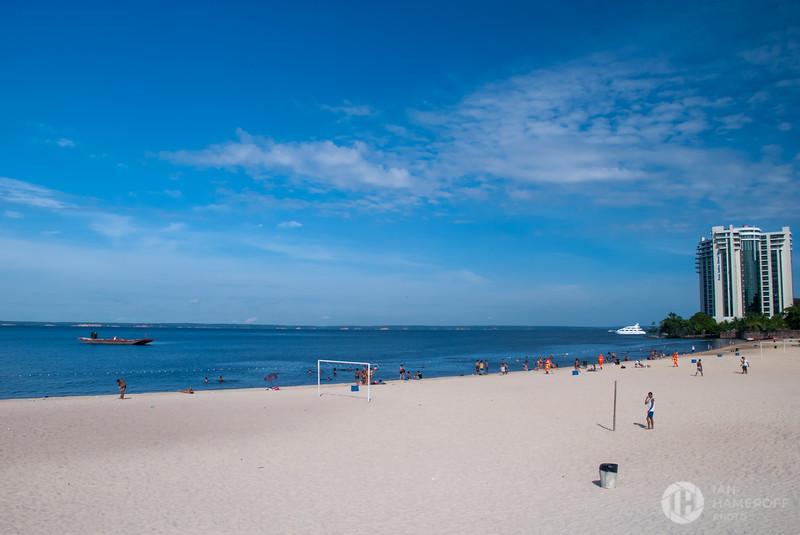 Amazonas Beach