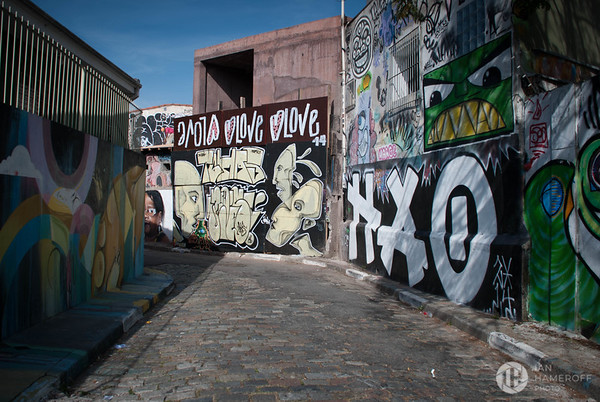 Late Morning Along Beco do Batman