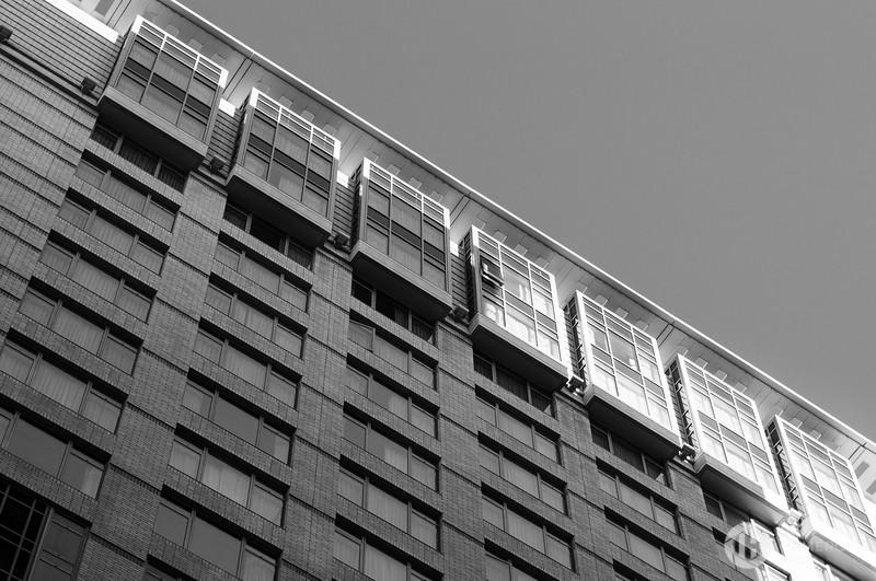 B&W Building
