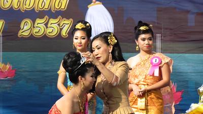 2014-10-18 Nophamat Wat Thai LA