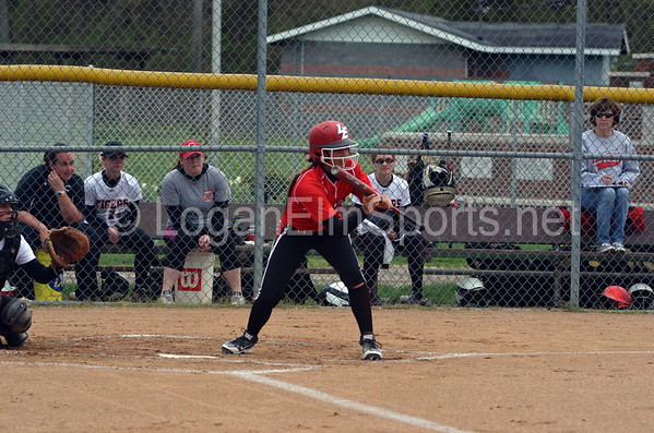 Softball v Circleville