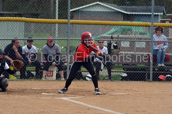Softball v Circleville