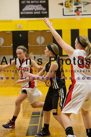 Hutchinson Girls Basketball vs Mankato West