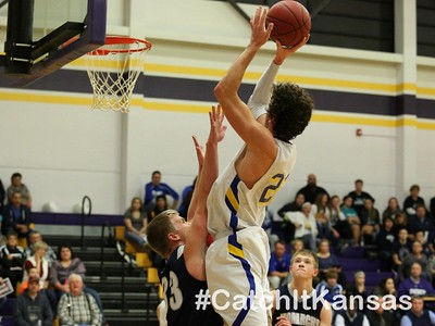 Photo by Everett RoyerCatch it KansasFull Size Available for Purchase at:http://www.catchitkansas.com/sports/30908884
