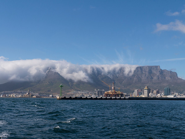 Leaving Cape Town, fog coming in over Table Mountain