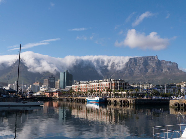 Cape Grace Hotel and Harbor, Table Mountain in the Background