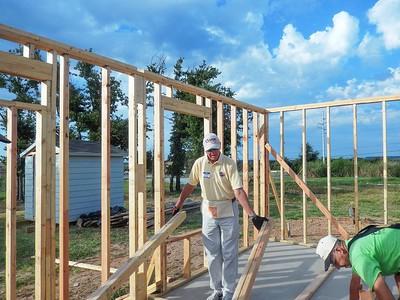 BRCC volunteers for Habitat For Humanity Build