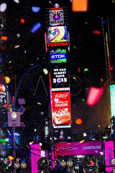 527507693SM127_New_Year_s_E