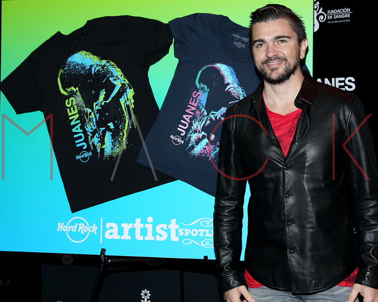 513952187SM022_Juanes_Artis