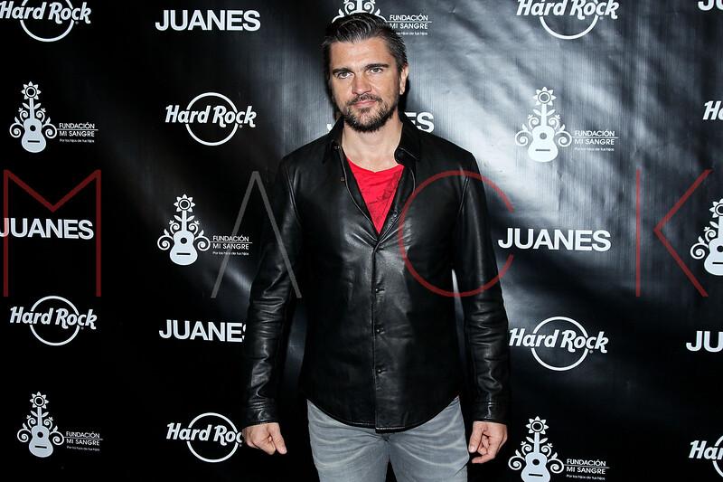 513952187SM004_Juanes_Artis
