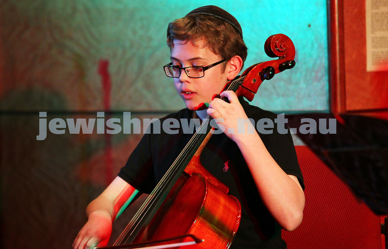 14-9-14. B'nai B'rith Youth Eisteddfod 2014. Finals Concert, Slome Hall, Temple Beth Israel. Avram Yee. Photo: Peter Haskin
